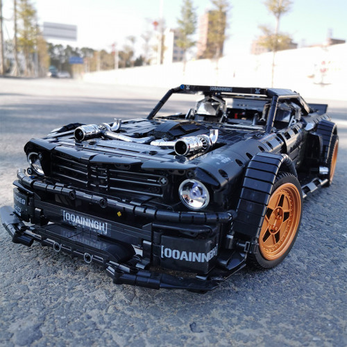 33003 THE HOONICORN MUSTANG | TECH